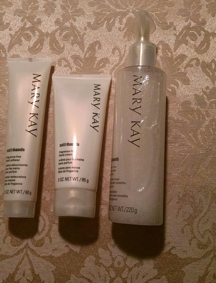 Mary Kay Other - Satin Hands Set